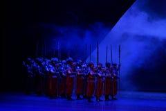 Encadrez le ` obstrué par ` de dédouanement d'acte de la garde-Le quatre - ` en soie de princesse de danse de ` épique de drame Photo libre de droits