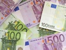 encaissez l'euro corde de note d'argent de l'orientation cent des euro cinq Images libres de droits
