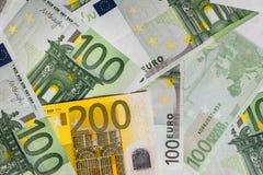 encaissez l'euro corde de note d'argent de l'orientation cent des euro cinq euro fond d'argent liquide Euro billets de banque d'a Image stock