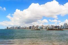 Encalhe a costela da Dinamarca do Praia, Vila Velha, Espirito Sando, Brasil fotos de stock