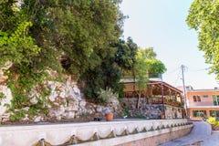 Encalhe no por do sol na vila Kavros na ilha da Creta, Grécia Águas mágicas de turquesa, lagoas Foto de Stock