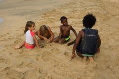 Encalhe o divertimento nas ilhas de barlavento em um domingo Imagem de Stock Royalty Free
