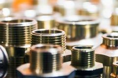 Encanamento, tubulações da fixação e encaixes para a conexão da água ou dos sistemas de gás imagem de stock