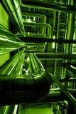 Encanamentos de aço da zona industrial em tons verdes Foto de Stock Royalty Free