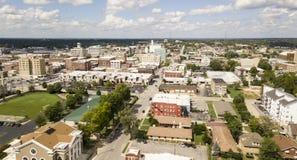 Encantador de la visión aérea y humilde pintorescos sobre Springfield Missouri foto de archivo libre de regalías