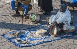 Encantador de serpiente en Marrakesh Fotografía de archivo