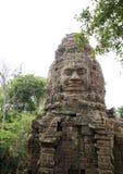 Encante la estatua del templo de TA Prohm, Angkor Wat Imagen de archivo libre de regalías