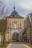 Encante la puerta a la abadía del parque cerca de Lovaina Imagen de archivo