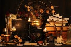 Encantos mágicos negros Encantos de Wiccan Imagen de archivo libre de regalías