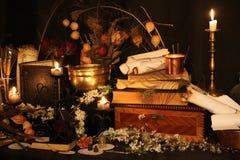 Encantos mágicos negros Encantos de Wiccan Imágenes de archivo libres de regalías