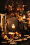 Encantos mágicos negros Encantos de Wiccan Imagen de archivo