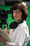 Encargado de piso In Television Studio Imagenes de archivo