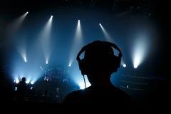 Encargado sano en concierto de rock Fotos de archivo libres de regalías