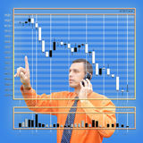 Encarregado da moeda da folha de dados em cima do mercado de finança fotografia de stock royalty free