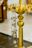 Encensoir orthodoxe pour des cérémonies religieuses en gros plan Photo libre de droits
