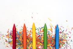 Encere pinturas em cores brilhantes no fundo branco com co Fotos de Stock Royalty Free
