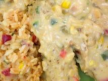 Enchiladas avec du riz sur la vue de fin de plat Photographie stock