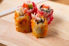 Enchimentos do sushi das ovas do caranguejo Imagem de Stock Royalty Free
