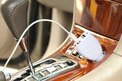 Enchufe del convertidor del adaptador del USB foto de archivo libre de regalías