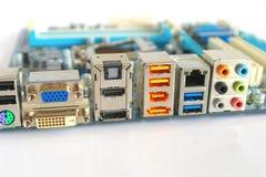 Enchufe-y-socketes del interfaz del ordenador Imagenes de archivo