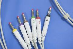 Enchufes de enchufe del electrodo de una máquina de ECG Fotos de archivo