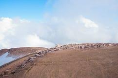 Encima de la cumbre del pico de los lucios Foto de archivo