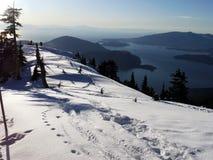Encima de la montaña Foto de archivo