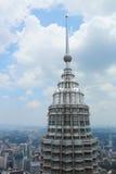 Encima de Petronas Imagen de archivo libre de regalías