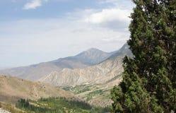 Enclave del Uzbek cerca del campo Dugoba del alpinismo Foto de archivo libre de regalías