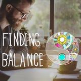Encontrando o conceito do bem estar de Yin-Yang do equilíbrio fotografia de stock royalty free