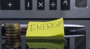 Encontre a conta de energia imagens de stock