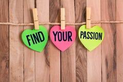 Encontre sua nota dada forma coração da paixão fotos de stock royalty free