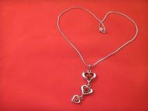 Encontro chain de prata sob a forma do coração Fotos de Stock