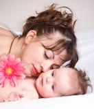 Encontro do bebê e da matriz Foto de Stock Royalty Free