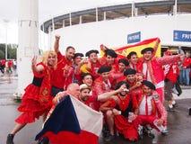 Encourager espagnol de fans Photographie stock libre de droits