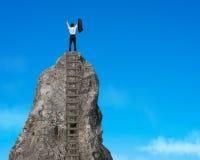 Encourager sur la montagne rocheuse Photo libre de droits