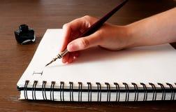Encre et crayon lecteur de papier Image libre de droits