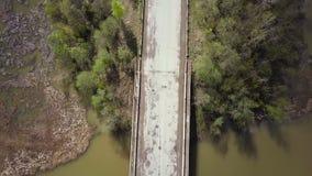 Encuesta aérea del camino Visión superior almacen de metraje de vídeo