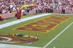 End zone de las pieles rojas: NFL - Fútbol americano Fotos de archivo