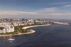 Endanflug bei Rio de Janeiro und Flamengo setzen, Brasilien auf den Strand Stockbilder