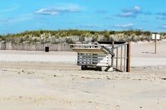Ende der Strand-Jahreszeit lizenzfreie stockfotos
