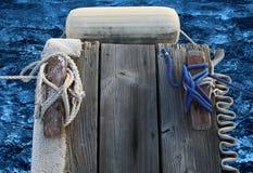 Ende des Bootsdockfingers Lizenzfreie Stockfotos