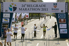 Ende des Marathons für Mann Lizenzfreies Stockbild