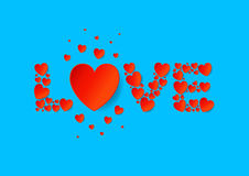 Endecha plana de las letras de amor con los corazones rojos del papel del vector en fondo azul Fotografía de archivo