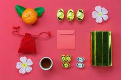 Endecha plana de los artículos accesorios por Año Nuevo lunar y chino Foto de archivo libre de regalías