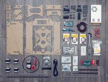Endecha plana de partes y de componentes electrónicos y mecánicos de DI Foto de archivo libre de regalías