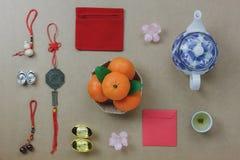 Endecha plana del concepto festivo chino del fondo del Año Nuevo de las decoraciones superiores Imagenes de archivo
