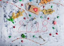 Endecha rústica del plano de la Navidad, texto 2018 Fotos de archivo libres de regalías