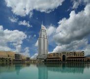 Endereço moderno do hotel em Burj do centro Dubai, Dubai Foto de Stock
