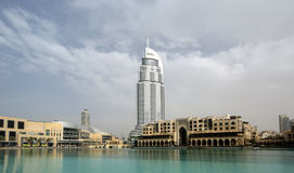 Endereço moderno do hotel em Burj do centro Dubai, Dubai Fotos de Stock